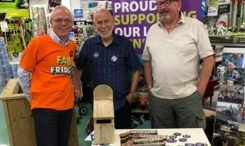 Men's Shed and Topline Murtaghs combine to beautify our Town